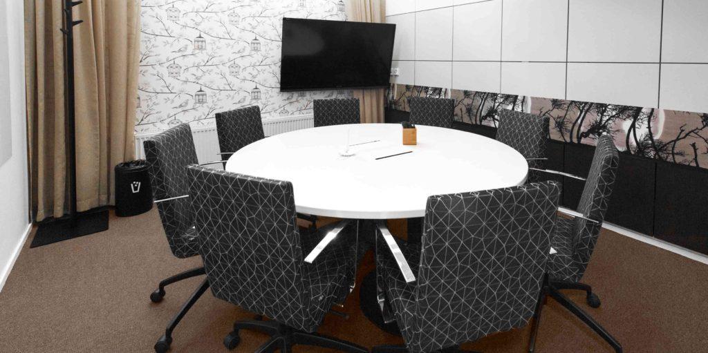 Vuokraa pieni toimisto ja kokoushuoneita Helsinki Kamppi Sähkötalo